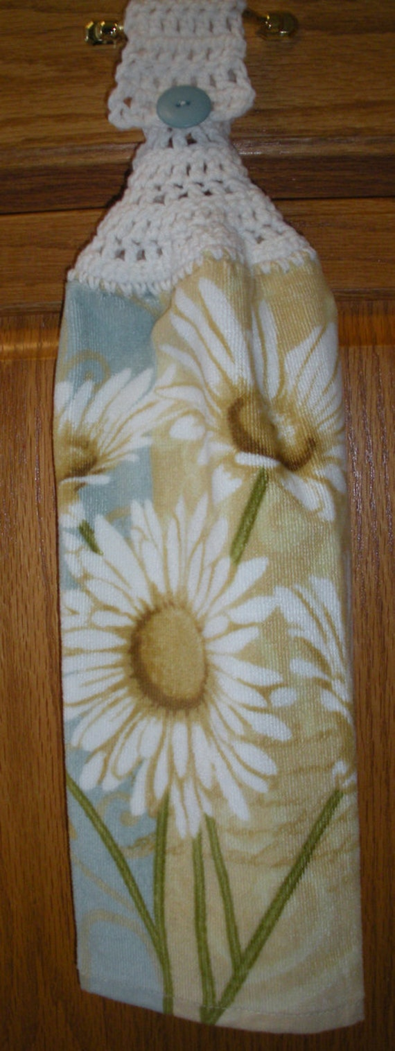 Country Daisy Crochet Top Hanging Towel