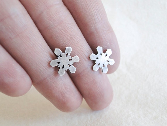 Snowflake Earrings, Sterling Silver, Winter, Nature Earrings
