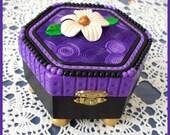 Jewelry Box Hexagon Swirl