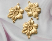 VINTAGE STYLE RAW BRASS FLOWER CONNECTOR FINDINGS Larger Size