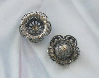 Antique Silver  filigree stampings with center dip for stones or beads  6610 asp