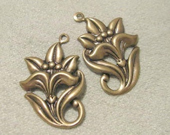 Antique Gold Finish Brass Flower Drops