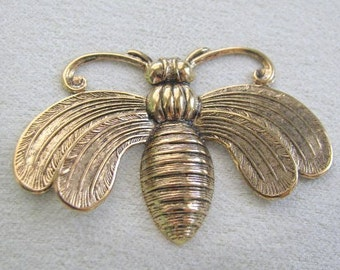 ANTIQUE GOLD FINISH 3D Bee  34281