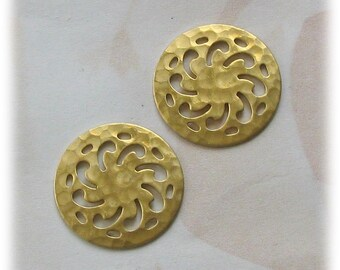 VINTAGE STYLE RAW BRASS VICTORIAN HAMMERED CUT OUT CIRCLE