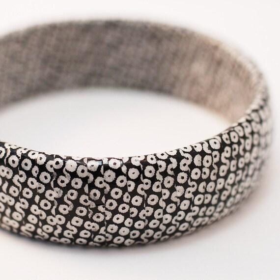 Japanese Paper Wrapped Bangle Bracelet - Tokyo Urban