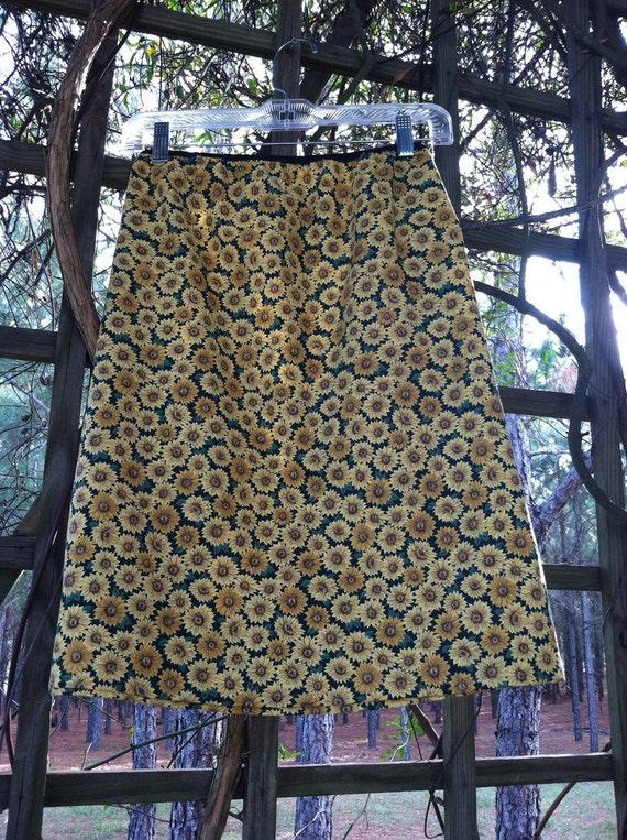 Woman's Skirt A-Line Sunflowers Print mid Length  30-34 waist