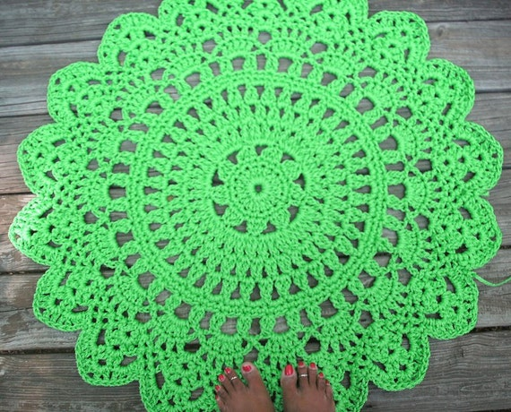 "Parrot Green Patio Porch Cord Crochet Rug in 35"" Round Pineapple Pattern"