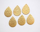 1 Hole Raw Brass Hammered Teardrop Charm Pendant (6) mtl100F