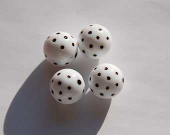 Vintage White and Black Polka Dot Beads 13mm (4) bds827B