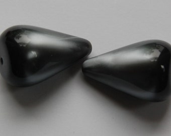 Vintage Italian Gray Moonglow Teardrop Lucite Beads bds793A