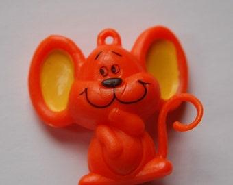 Vintage Orange Chubby Mouse Charm Pendant chr057