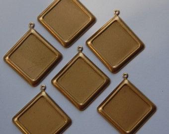 Raw Brass Square Setting with Corner Loop 15mm (6) stn017B