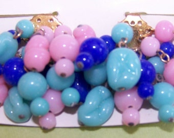Vintage Pink and Blue Glass Drop Cluster Beaded Earrings bds060A