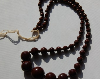Vintage Graduated Chocolate Brown Czech Beads bds596