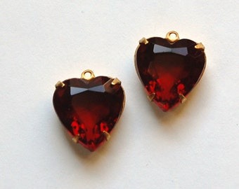 Garnet Red Glass Heart Pendants in 1 Loop Brass Setting 15mm hrt001M