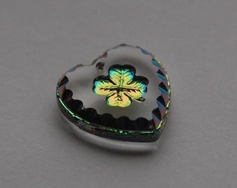 Etched Reverse Painted Green Shamrock Helio Glass Heart (1) int005C