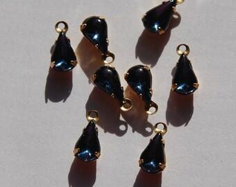 Vintage Montana Blue Glass Teardrop Stones in 1 Loop Brass Setting 8mm x 4mm par001G