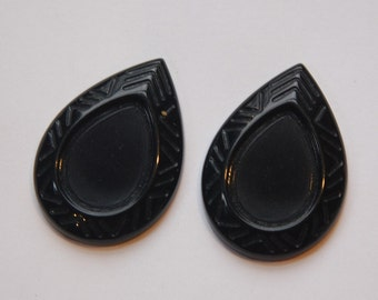 Vintage German Black Plastic Teardrop Setting 25x18mm stp015