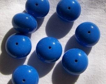 Vintage Ocean Blue Lucite Chubby Bead bds164