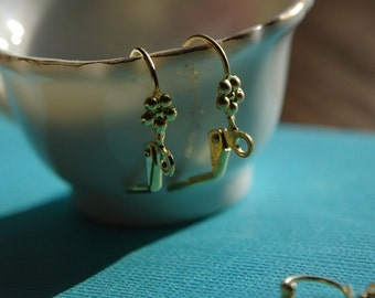 Brass Lever Back Ear Wires with  Flower Adornment and Loop fnd011J