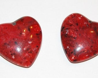 Red Marbled Vintage Lucite Heart Pendant pnd091E