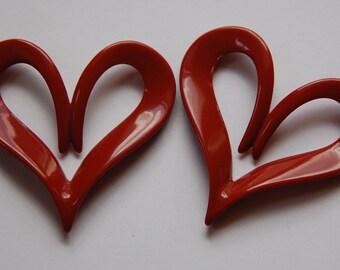 Vintage Italian Plastic Mod Rust Heart Pendant pnd090C