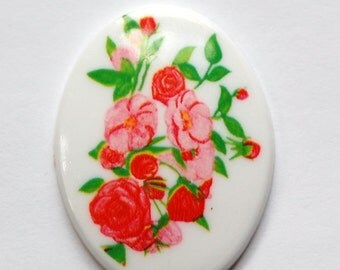 Vintage Pink Red Floral Plastic Cameo 40mm x 30mm cab378L