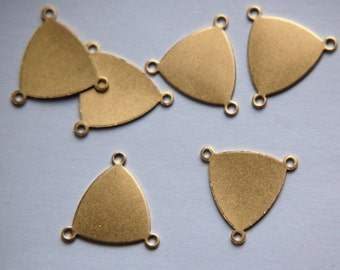 3 Loop Raw Brass Flat Setting Connector Triangle Pendant (6) mtl225A