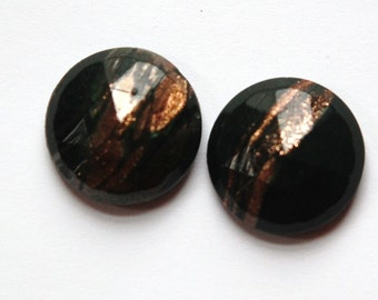Vintage Dark Green Faceted Glass with Goldstone 18mm cab780