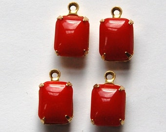 Vintage Opaque Red Stones in 1 Loop Brass Setting 10mm x 8mm squ003D