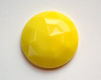 Vintage Yellow Faceted Glass Cabochon 27mm cab140B
