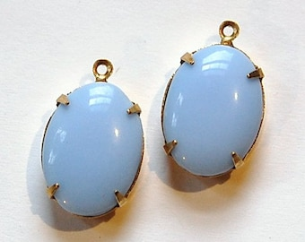 Vintage Opaque Light Blue Stone in 1 Loop Brass Setting ovl003L
