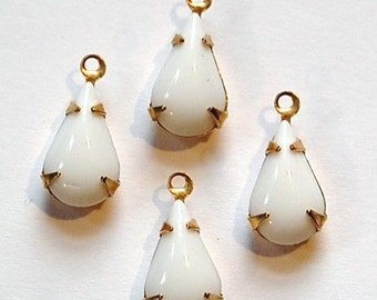 Vintage Opaque White Glass Teardrop Stone in 1 Loop Brass Setting par003X