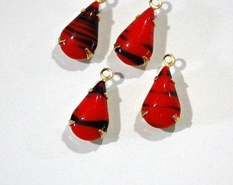 Vintage Opaque Red Black Glass Teardrop Stone in 1 Loop Brass Setting par003CC