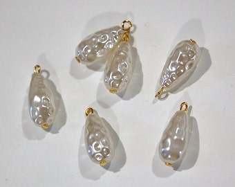 Vintage Acrylic Baroque Dimpled Pearl Teardrop Drops drp050C