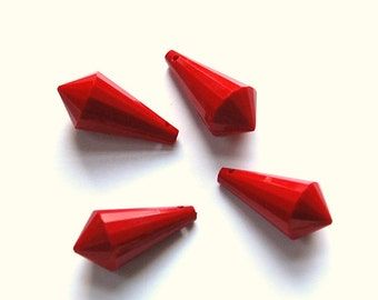 Vintage Acrylic Opaque Red Faceted Point Drop Pendant pnd151