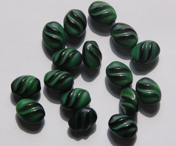 Vintage German Green and Black Glass Beads (8) grm001F