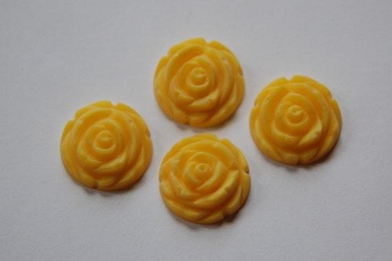 Matte Yellow Etched Flower Cabochon 20mm cab466K