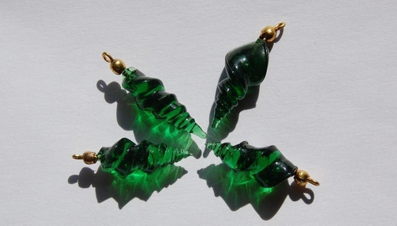 Vintage Emerald Green Glass Twisted Charm Drop with Loop  chr010D