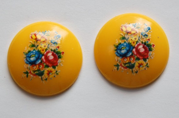 Vintage Yellow Floral Domed Cabochons 28mm cab760K