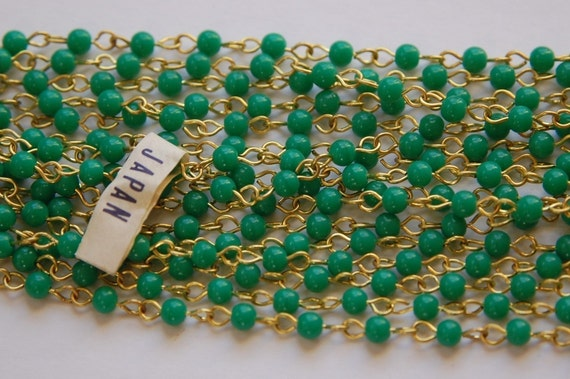 Vintage Jade Green Plastic Beaded Chain Brass Links Japan chn020B