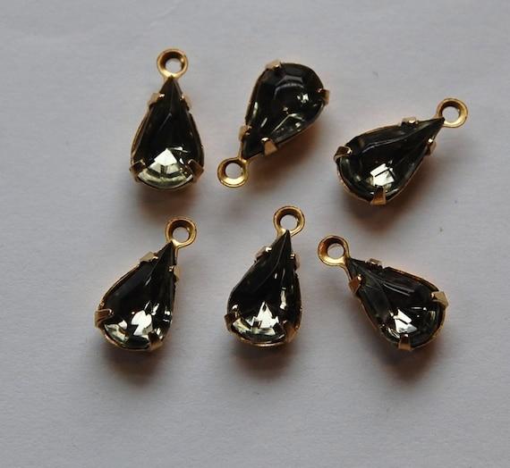 Black Diamond Teardrop Stones in 1 Loop Brass Setting par002A