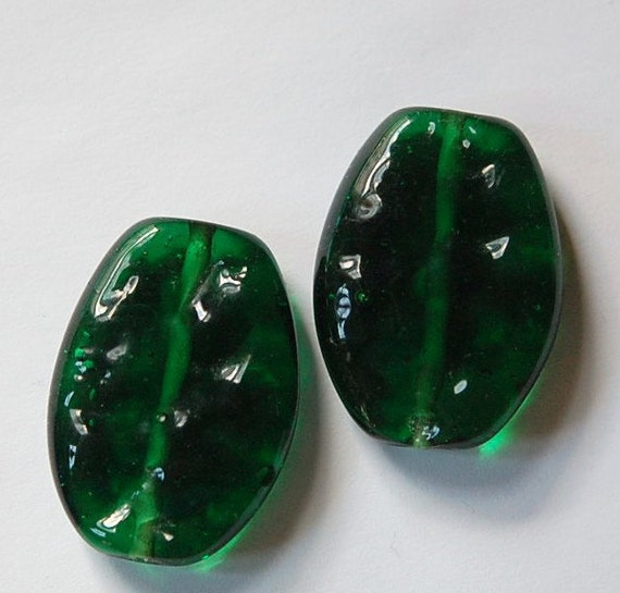 Vintage Rippled Emerald Green Glass Focal Beads Japan bds035