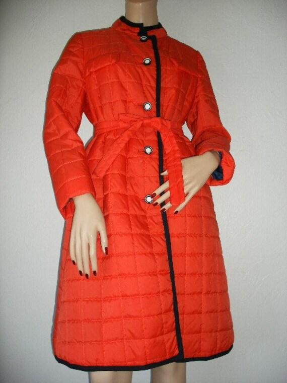 SALE vintage 70s orange quilted coat-navy trim-mod hipster padded quilted coat.