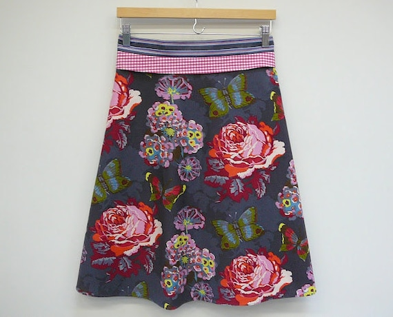 High Waisted Skirt Shark Floral A Line Skirt, size M/L, accomodates Plus Size