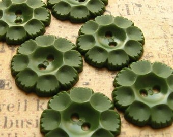 """Vintage Green Flower Buttons 22mm - Set of 10 - Olive Green Plastic Fun Fifties Flowers 7/8"""" (VB0022)"""