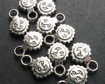 Sunburst / Sun Charms - Set of 10 - Antique Silver Finish Pendants Charms (SC0018)