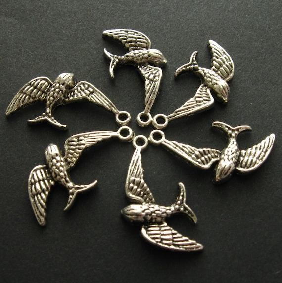 SALE - Bird Charms Pendants - Set of 5 - Antique Silver Finish