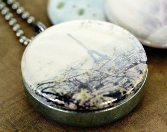 Eiffel Tower Necklace, Locket Necklace, Eiffel Tower Picture Locket, Travel Gift, Paris Photography, Gift For Her, French Art to Wear