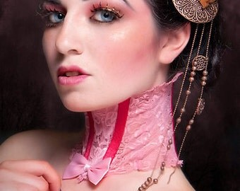 Adorable pink lace neck corset with bow, Victorian - Steampunk inspired - size medium